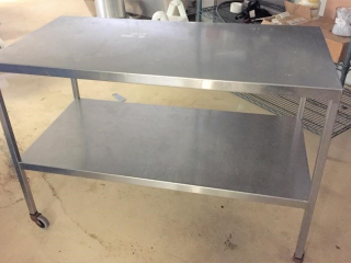 24? x 48? x 2 tier stainless cart