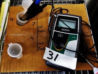 Dakton PH6+ hand held meter kit