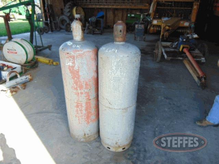 (2)-100-lb--propane-tanks--_1.jpg