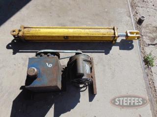 Hyd--pump--electric-motor--36--hyd--ram--_1.jpg
