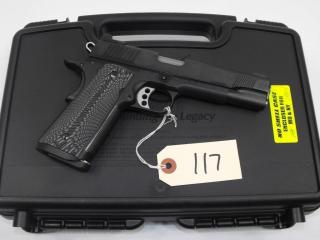 (R) Kimber Custom II 45 ACP Pistol.