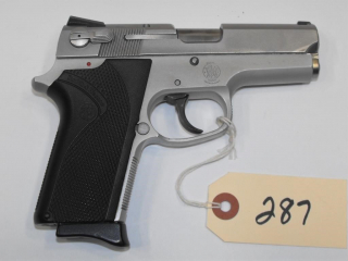 (R) Smith & Wesson 3913 9mm Pistol
