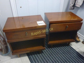 Vintage Pair of Nightstands