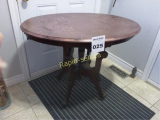 Oval Top Table