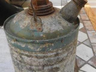 Vintage one gallon galvanized kerosene can with