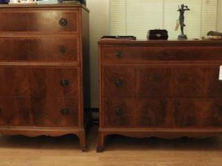 Mahogany inlaid four drawer dresser and matching