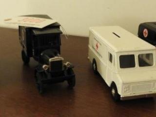 (4) Ertl Die Cast American Red Cross car/truck