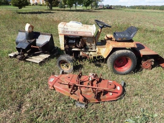 Husky 1556 Lawn Tractor