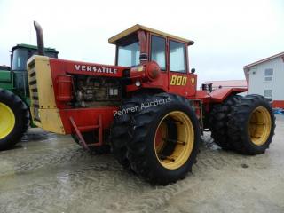 1976 800 Versatile 4WD Tractor