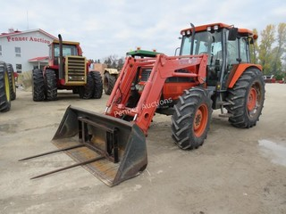Kubota M120DT 120 HP MFWD Tractor