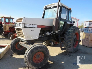 J I CASE 2094 Tractor