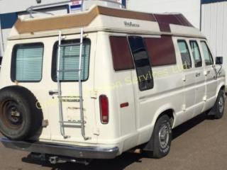 1982 Econoline Ford XL Camper Van.