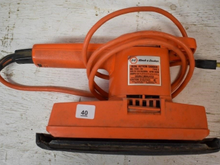 Black and Decker Dual Action Sander *ST