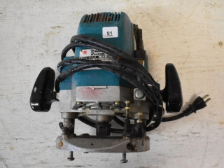 Makita Router *ST