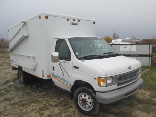 1999 FORD E450 CUBEVAN