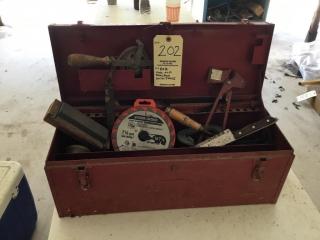 Cool old tool box w/ tools