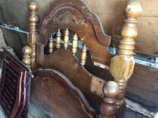 Antique Full Bed and Headboard,Footboard and Rails