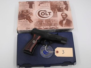 (R) Colt 2000 All American 9MM Pistol