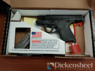 Smith & Wesson M&P 9 Shield,