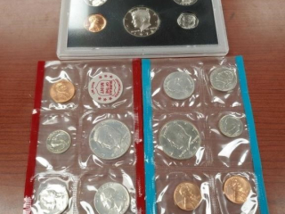 1971 Proof Set and a 1972 five coin set
