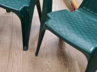 2 small plastic chairs