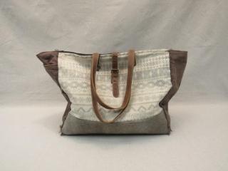 Offhand Weekender Bag-