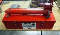 Matco Tools Portapower, Model #PP417, 4 Ton Capacity Includes Metal Carrying Case