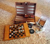 Backgammon Set, Wood Budweiser Checkerboard With Bottle Cap Checkers And Deck Of Playing Cards