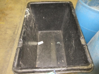 4 Plastic Garbage Bins And Cart On Wheels UNRESERVED
