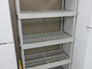 Plastic Storage Shelf UNRESERVED