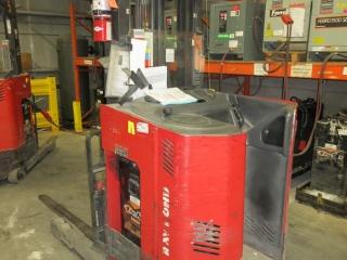 Raymond Electirc Forklift ETR30TT UNRESERVED