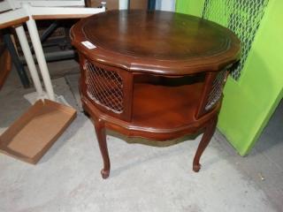 Circular wooden end table. very good condition.