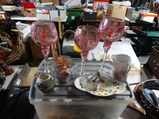 Lot of decorative glassware.