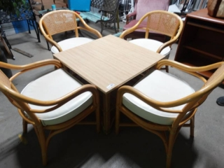 5 pc Bamboo style patio set- table & w chairs