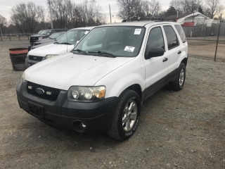 2005 Ford Escape 2WD 2005 Ford Escape XLT 2WD ***SPARE KEY IN OFFICE. V6, 3