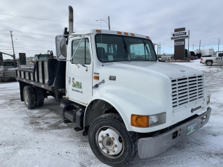 1997 International 4700 T44E Deck Truck