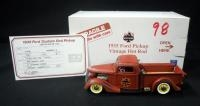 Danbury Mint 1935 Ford Pickup Vintage Hot Rod With