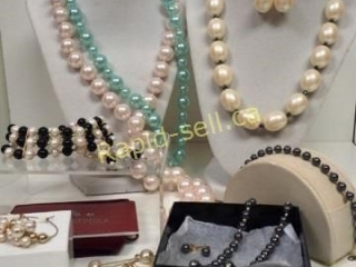 Simply Stunning Assortment of Pearl Jewellery