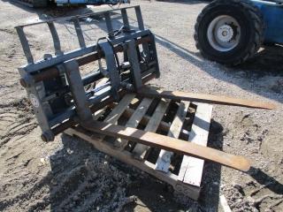 Hyd. skid steer loader pallet forks, _1.JPG