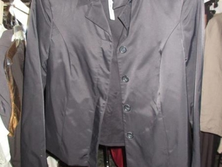 meXX Tops - Size 4 - BID PRICE IS PER ITEM MUST TAKE 2 TIMES THE MONEY UNRESERVED
