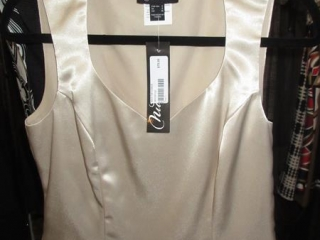 Nueva Tops - Size 6 - BID PRICE IS PER ITEM MUST TAKE 2 TIMES THE MONEY UNRESERVED