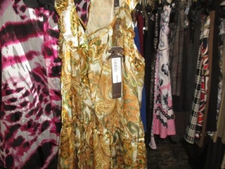 Supertrash and Nueva Tops - Size 6 - BID PRICE IS PER ITEM MUST TAKE 2 TIMES THE MONEY UNRESERVED