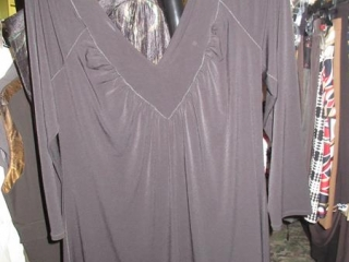 Evovorro and Nueva Tops - Size XL - BID PRICE IS PER ITEM MUST TAKE 2 TIMES THE MONEY UNRESERVED