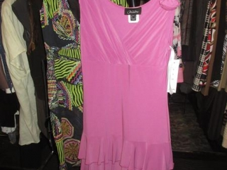 Nueva Dresses - Size 10 - BID PRICE IS PER ITEM MUST TAKE 2 TIMES THE MONEY UNRESERVED
