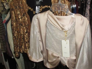Aneq and Dept Tops - Size L - BID PRICE IS PER ITEM MUST TAKE 2 TIMES THE MONEY UNRESERVED