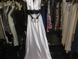 Evening Gown - Size 6 UNRESERVED