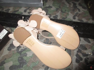 Ladies Shoes - Size 37 UNRESERVED
