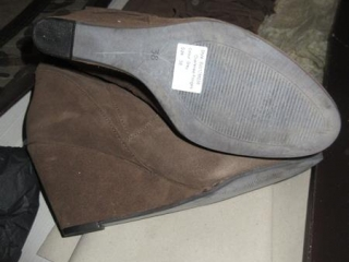 Ladies Shoes - Size 38 UNRESERVED
