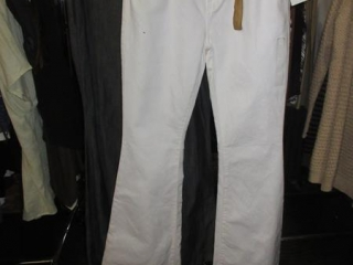 Guess Jeans - Size 30 - BID PRICE IS PER ITEM MUST TAKE 2 TIMES THE MONEY UNRESERVED