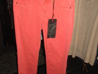 Fidelity, Boss, and Dept Pants - Size 26 - BID PRICE IS PER ITEM MUST TAKE 3 TIMES THE MONEY UNRESER...